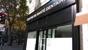 Enseigne lumineuse du centre dentaire gare de Lyon et pose dépoli